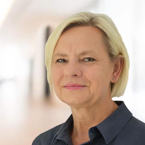 Margarete Lesch, Kanzleiinhaberin